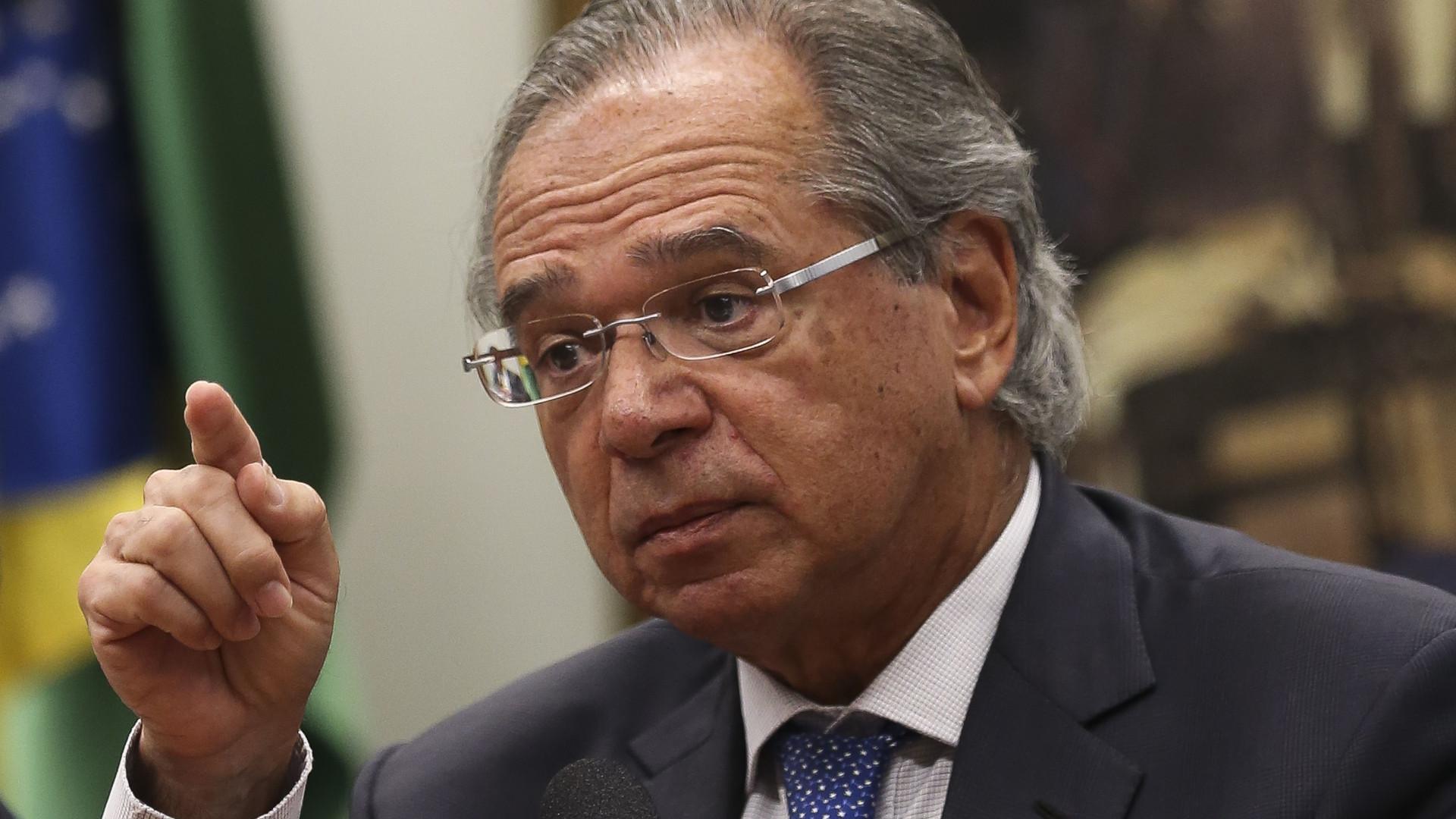 Insatisfação do Congresso ameaça pautas econômicas de Guedes