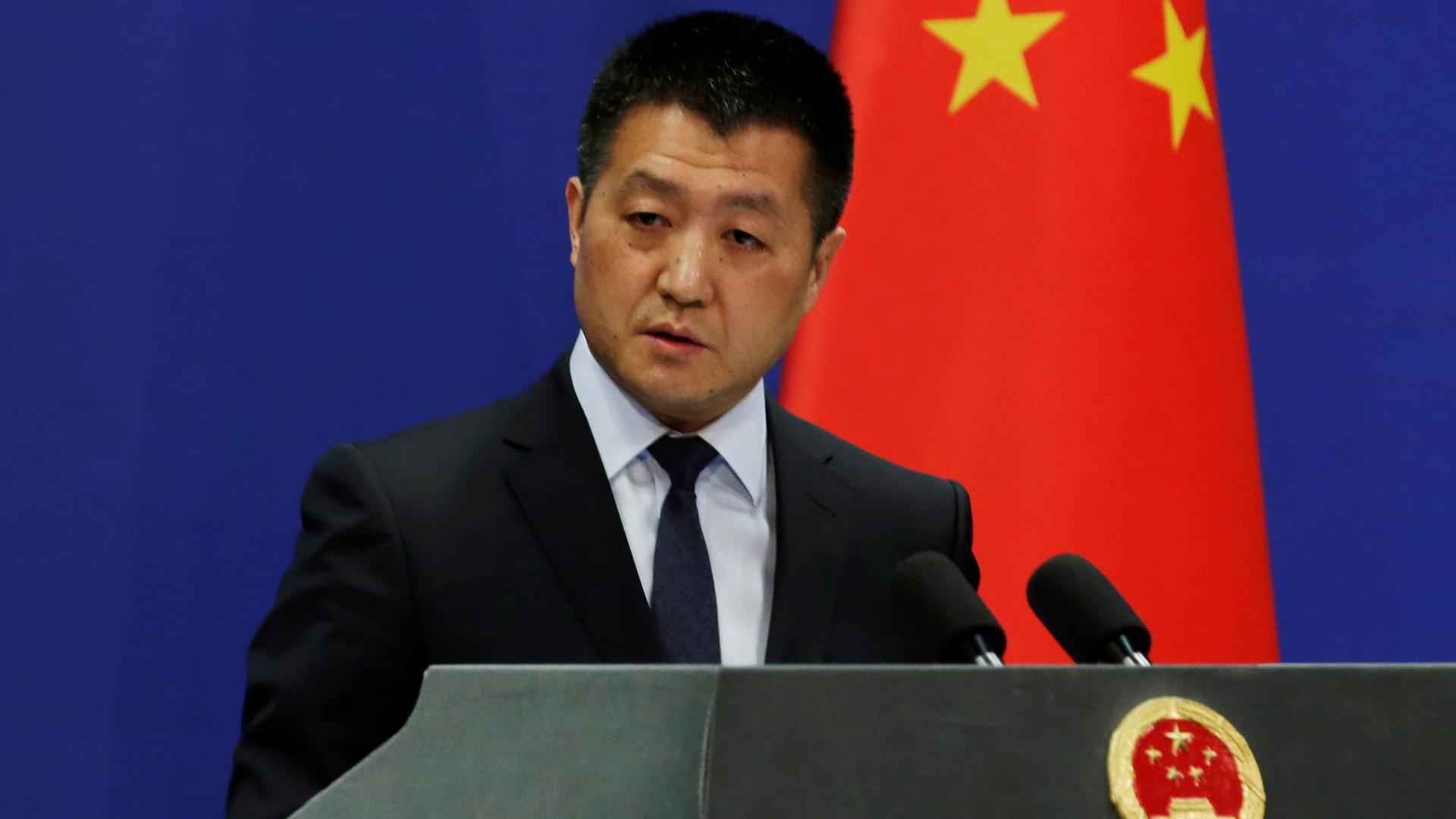China critica decisão de Washington de endurecer sanções contra Cuba