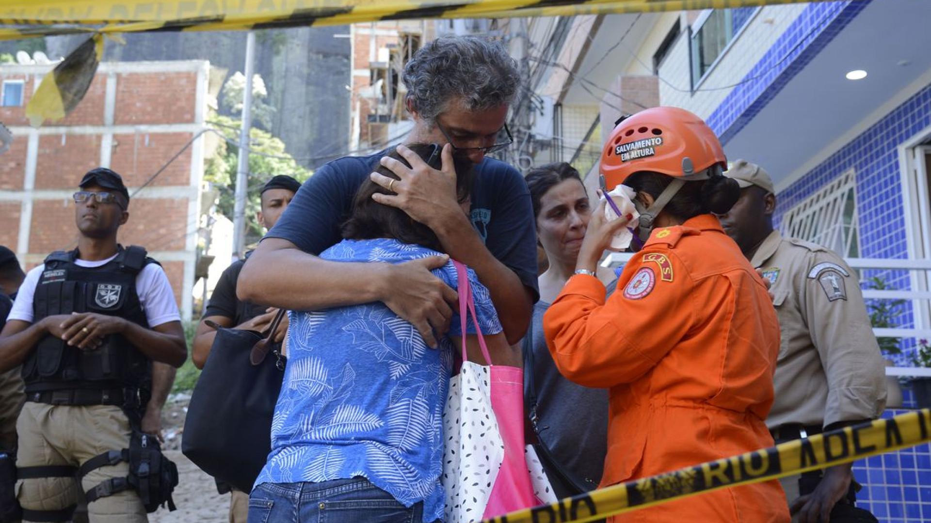 Bombeiros divulgam balanço da Operação Muzema