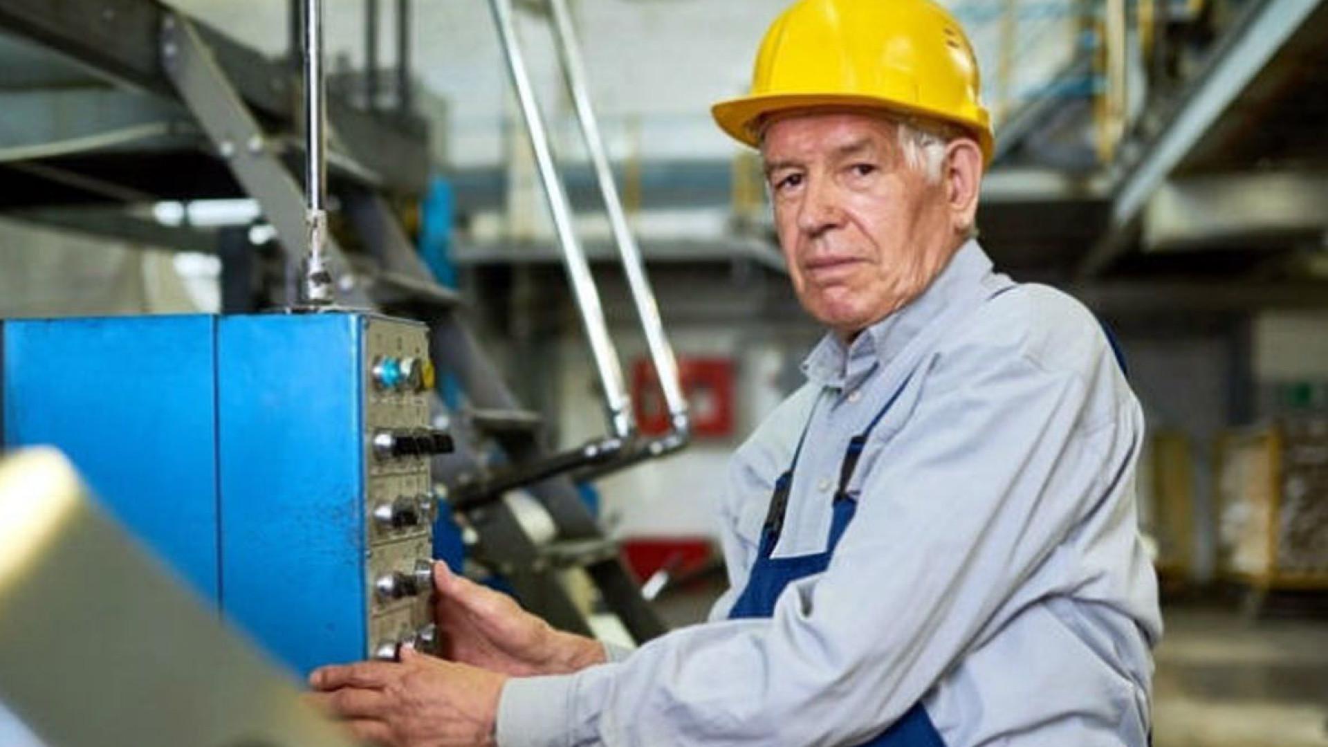 Total de idosos no mercado de trabalho cresce