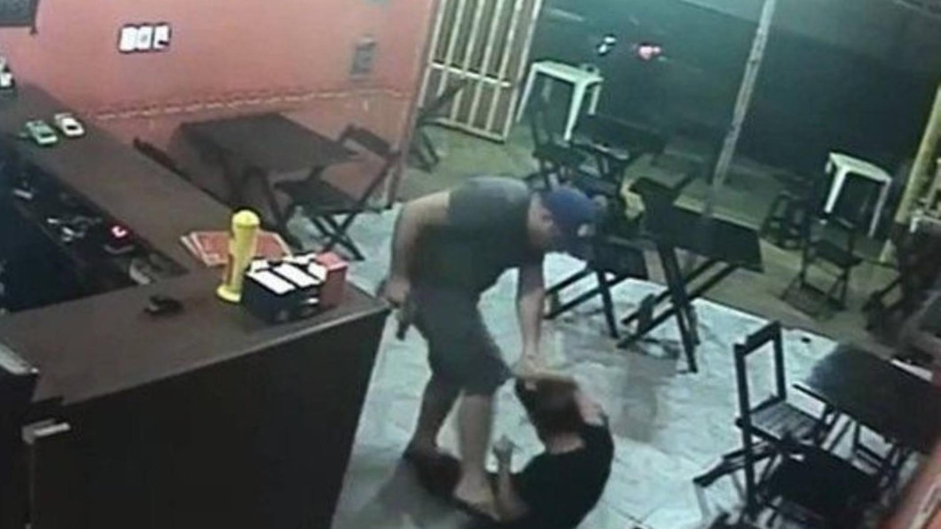 PM que agrediu comerciante no Rio por causa de sanduíche vira réu