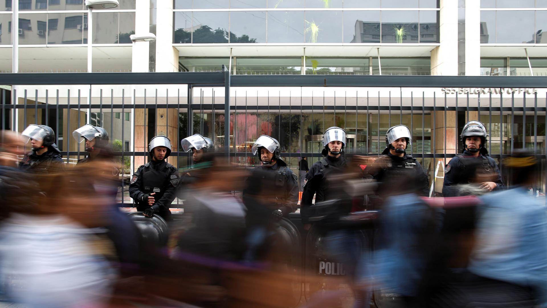 Deputado argentino baleado em plena rua em Buenos Aires