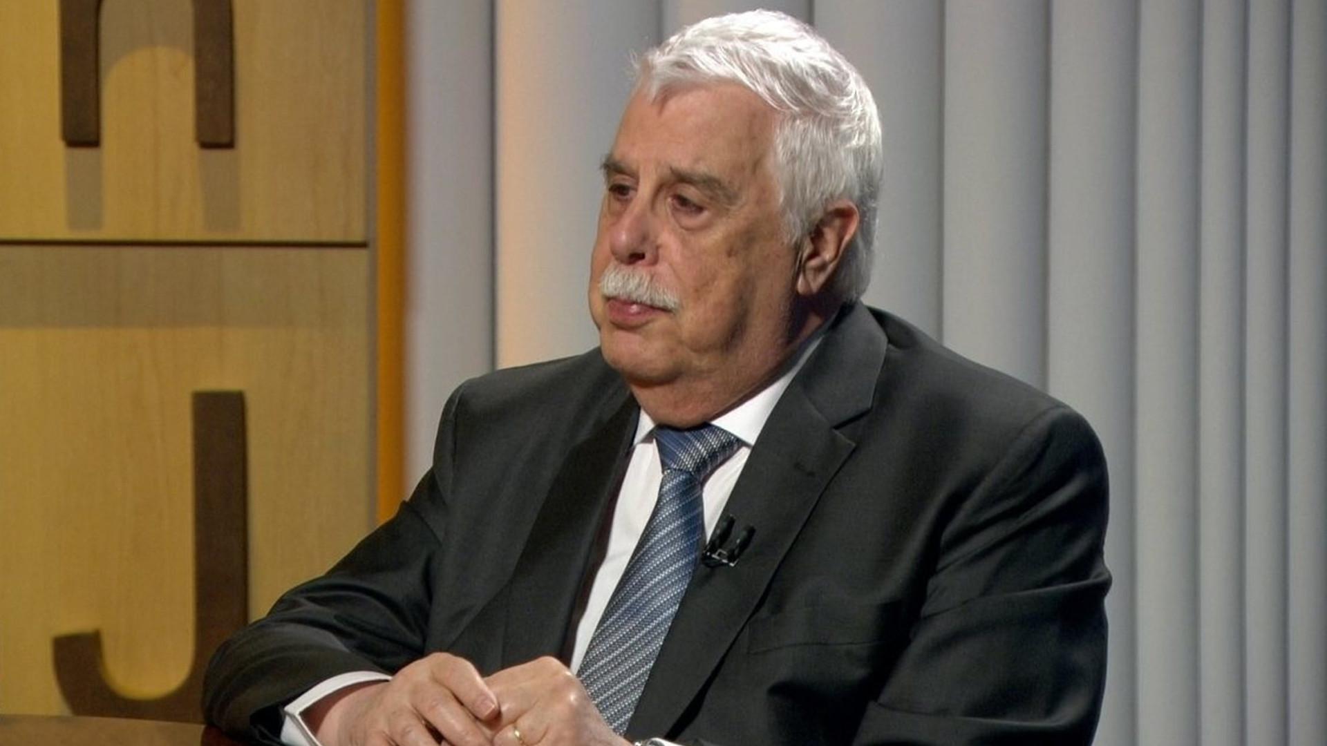 Governo deveria apresentar agenda de reformas para 2 anos, diz Pastore