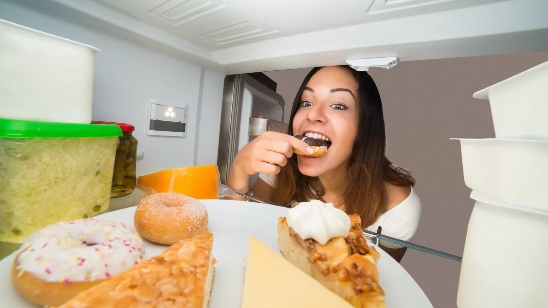 Com muita fome? Esses são os alimentos mais (e menos) viciantes!