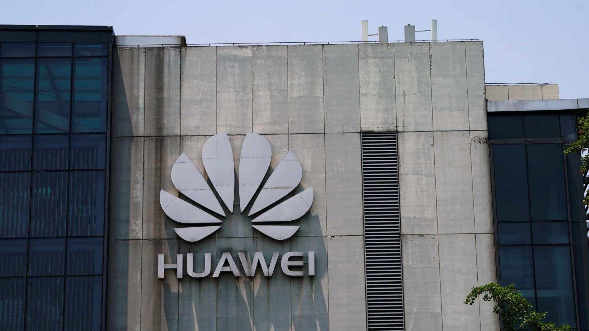 União Africana assina protocolo com Huawei para reforçar cooperação