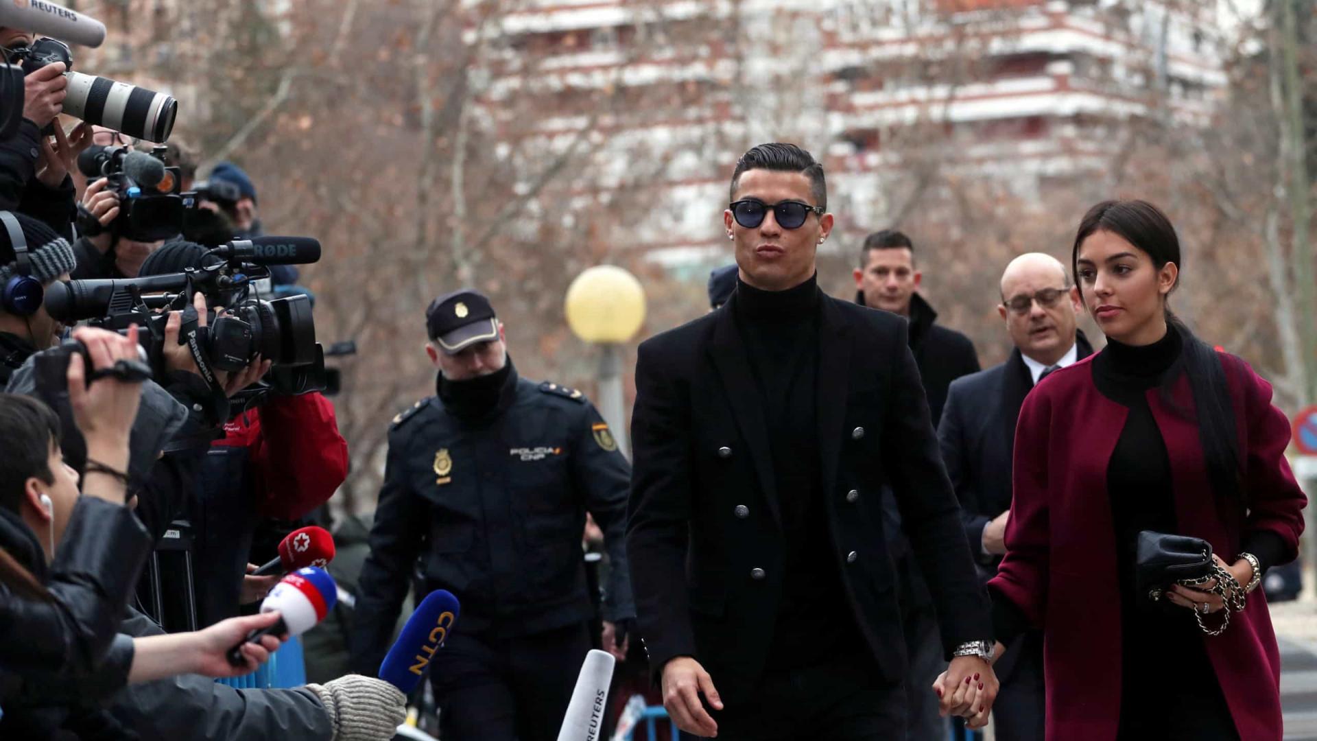 Katheryn Mayorga retira queixa de estupro contra Cristiano Ronaldo