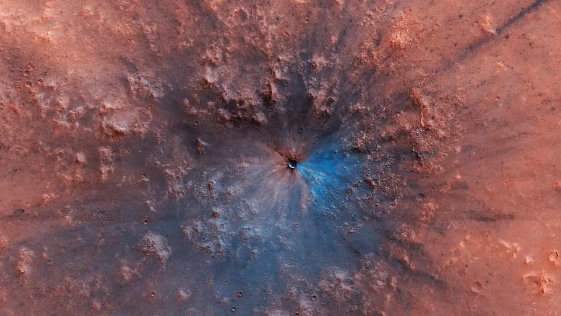 Nova cratera na superfície de Marte é descoberta