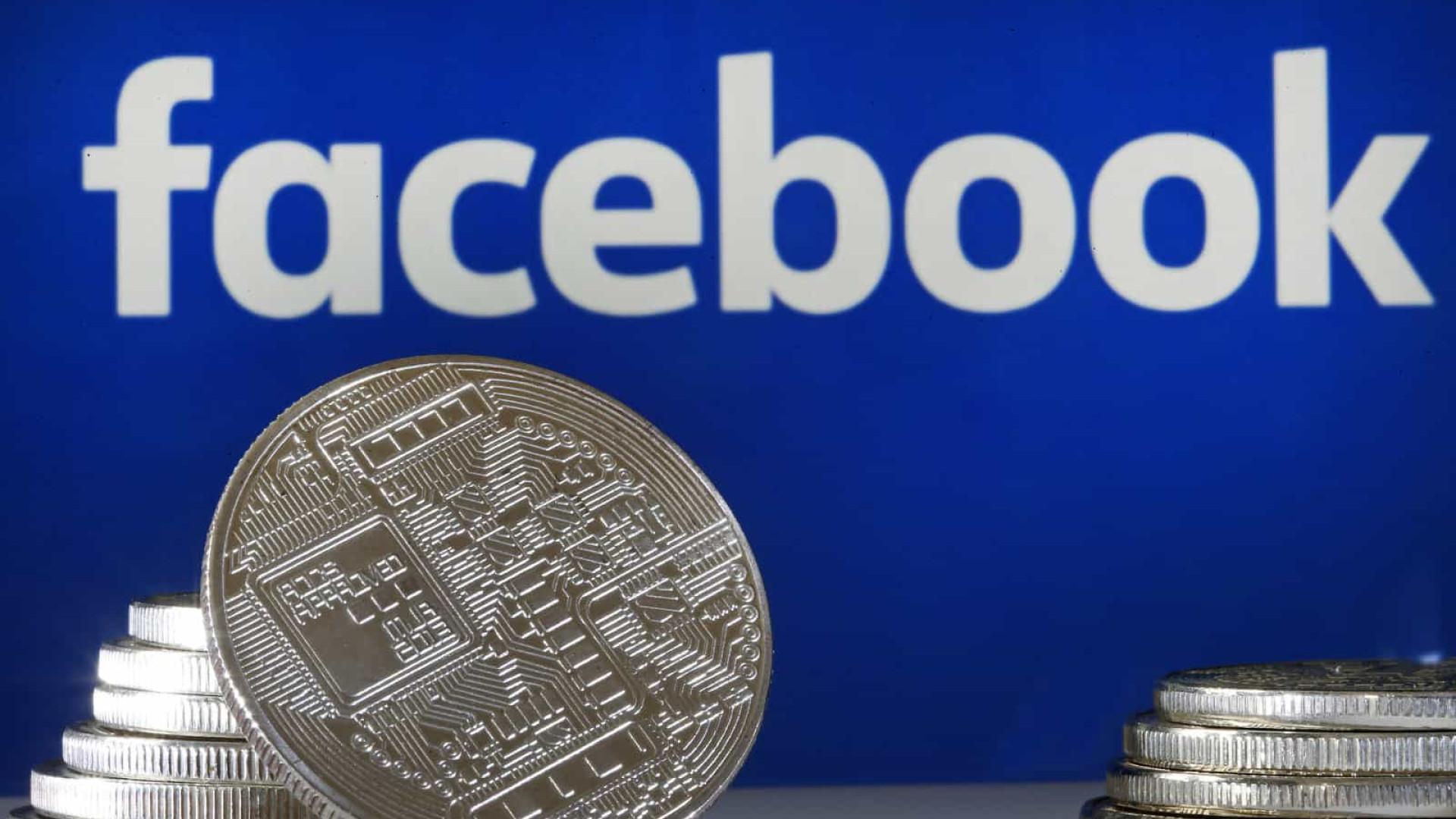 CEO do Twitter recusa apoiar criptomoeda do Facebook