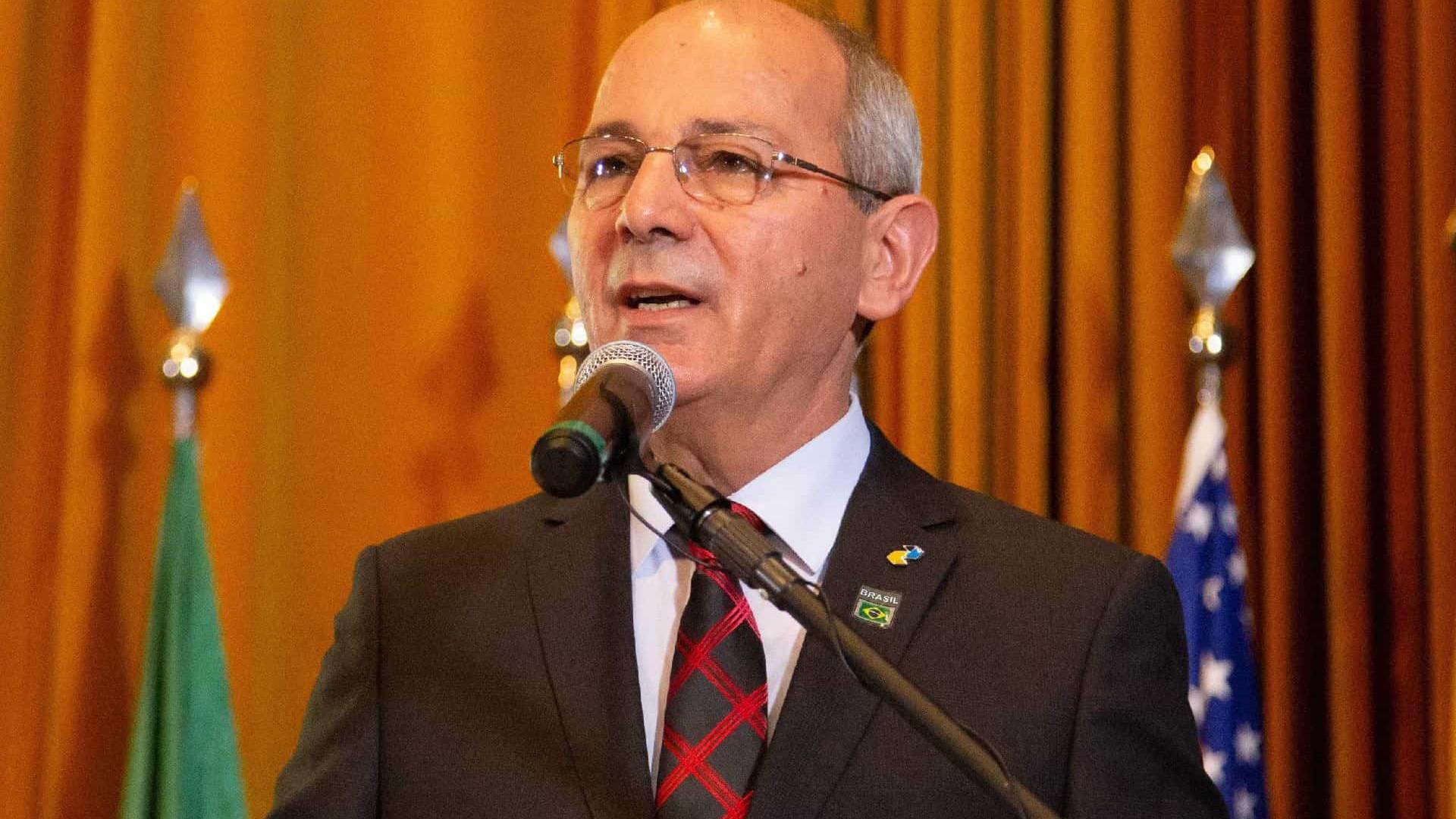 Presidente dos Correios anuncia demissão no Twitter