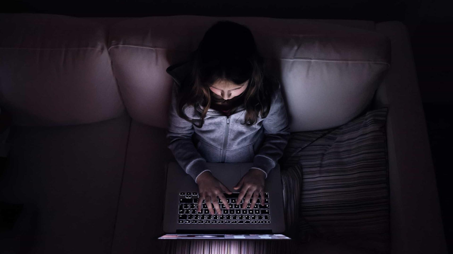 Feirante é preso por estupro de criança que conheceu em jogo online