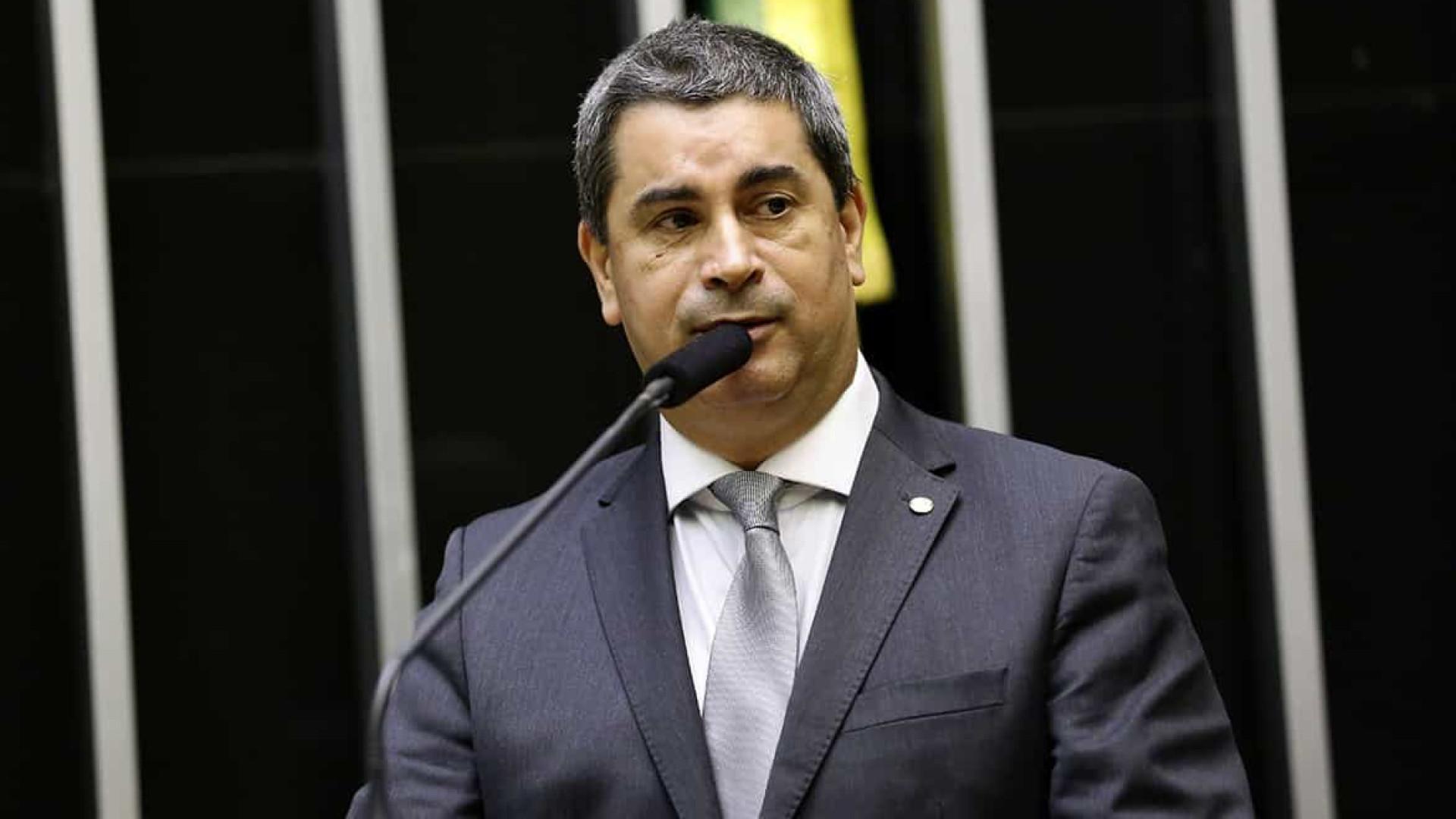 Parte da bancada de policiais do PSL ameaça não votar reforma