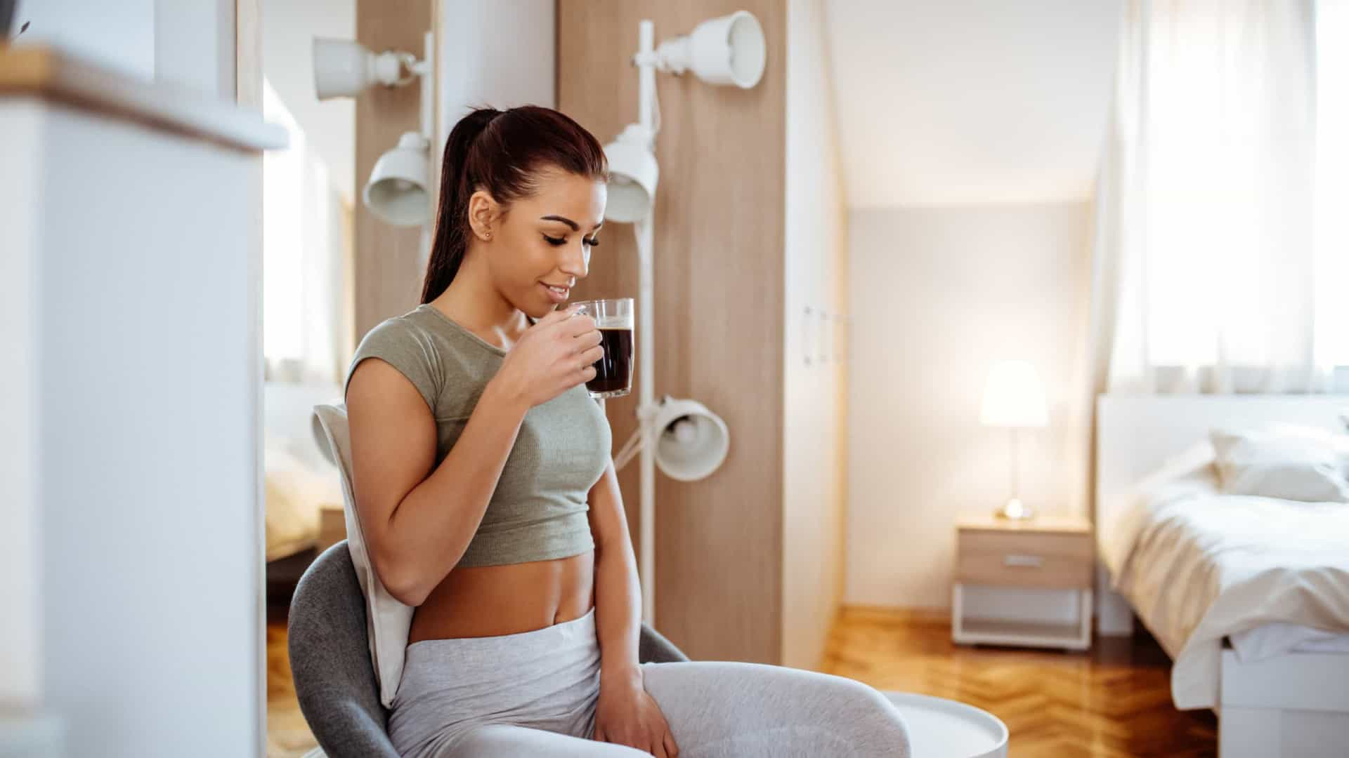 Seis formas de tornar seu café mais saudável (de acordo com a ciência)