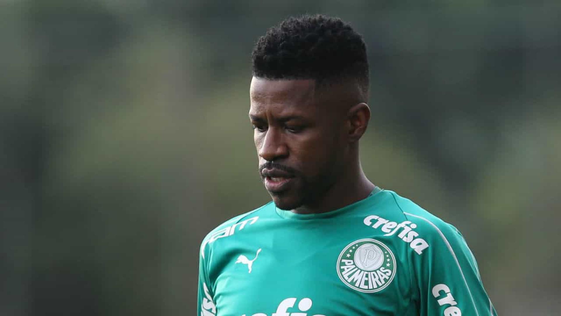 Ramires demora estrear e ainda nem treinou com bola no Palmeiras