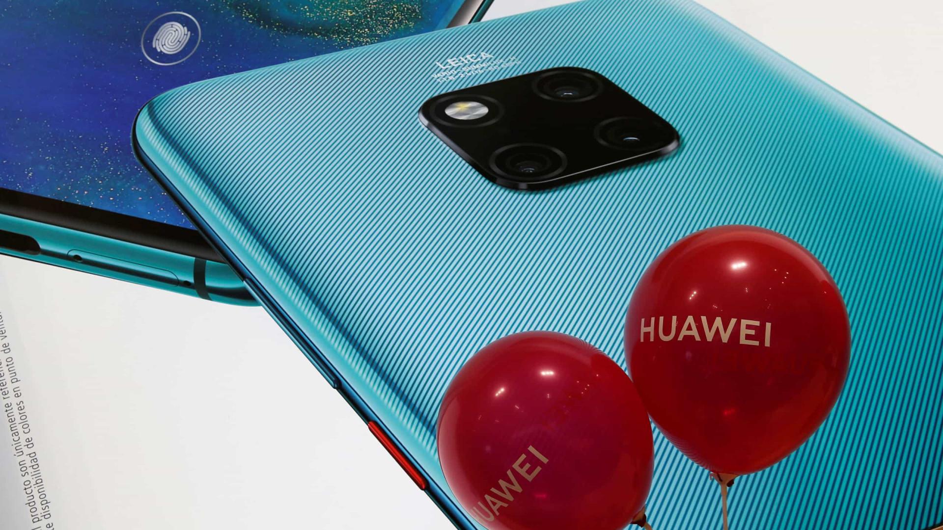 Taiwan suspende vendas de smartphones da Huawei