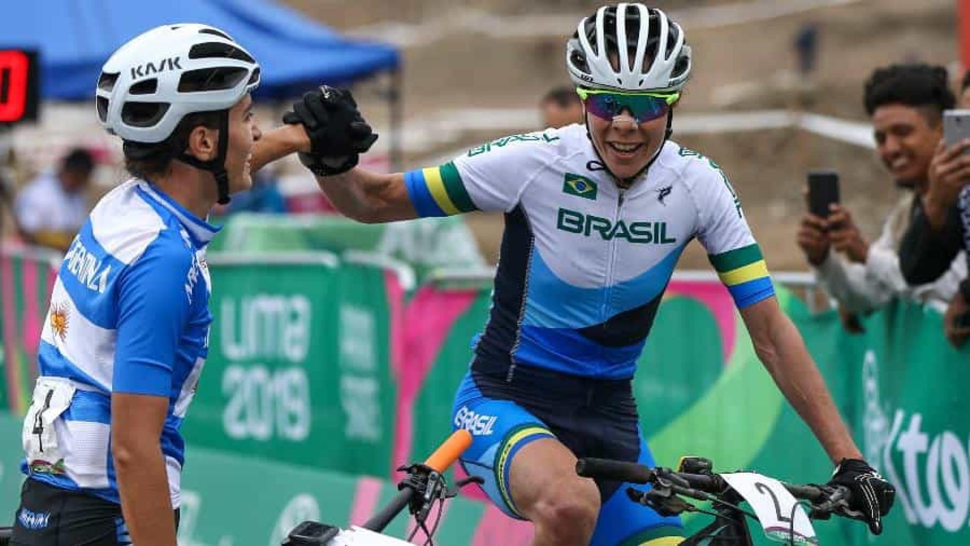 Jaqueline Mourão celebra bronze no ciclismo no Pan: 'Um sonho'