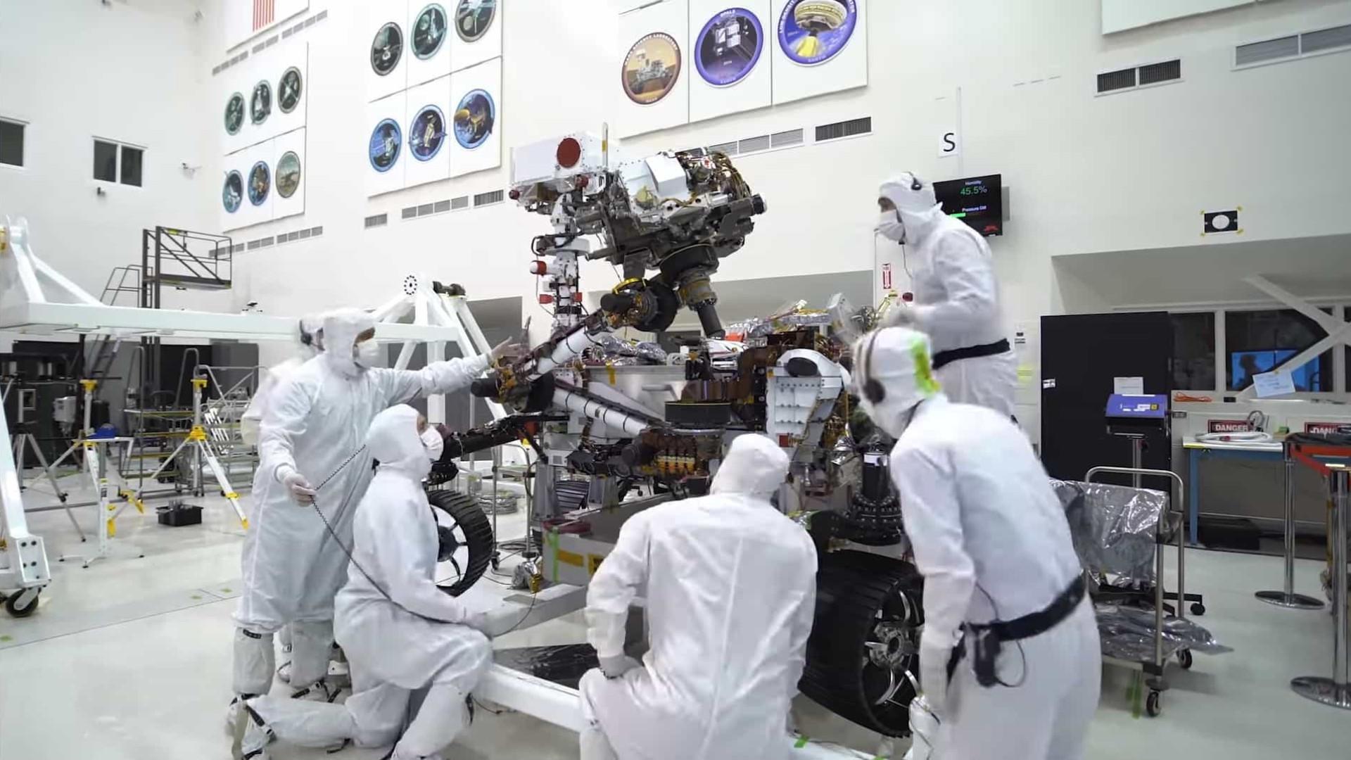 NASA lançará robô que vai extrair amostras de rochas de Marte