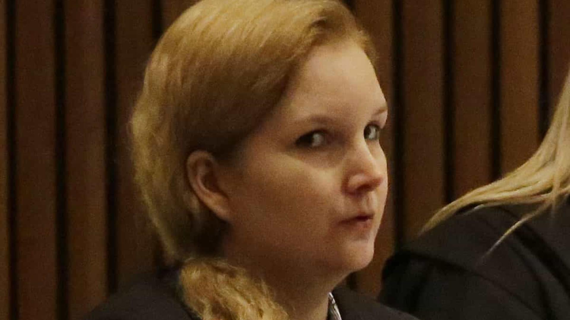 Justiça autoriza Elize Matsunaga a cumprir pena no semiaberto