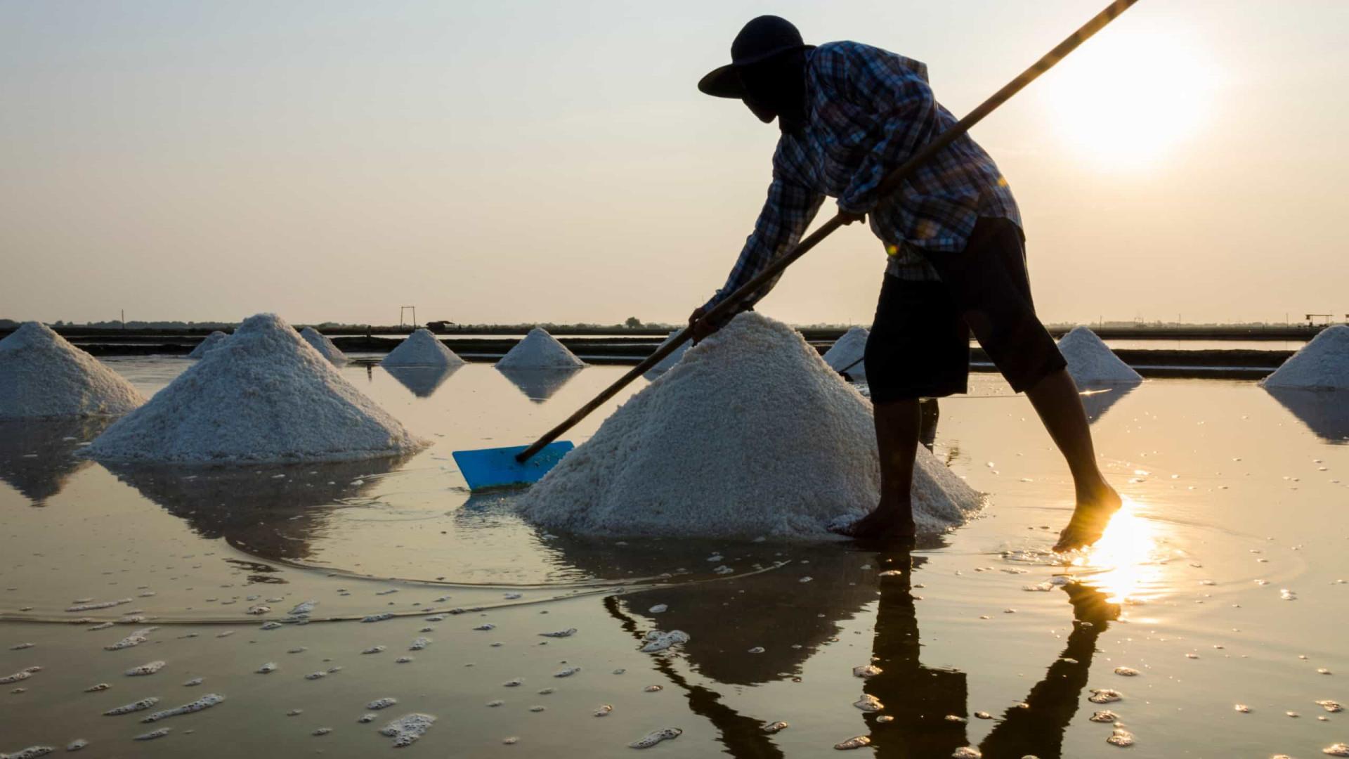 Decreto de Bolsonaro sobre indústrias de sal é ilegal, diz Procuradoria