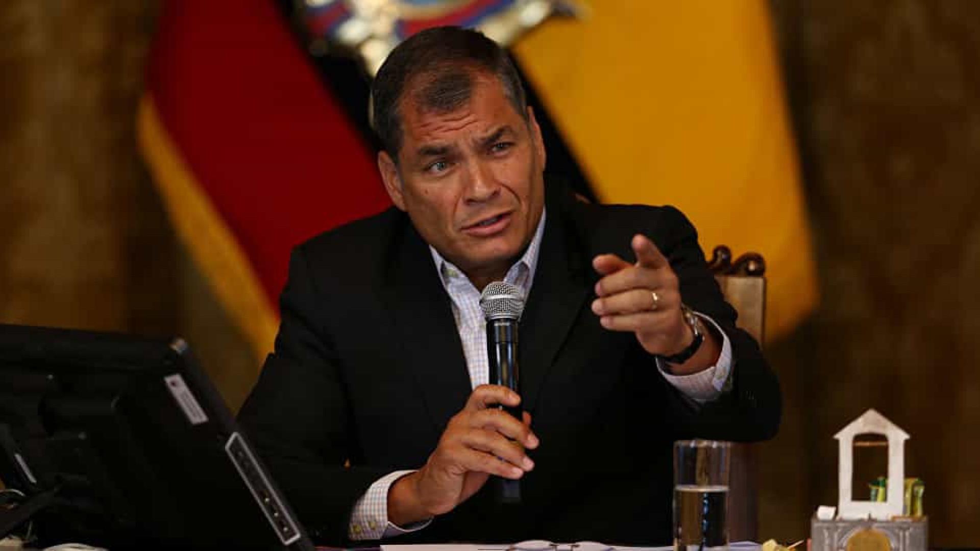 Tibunal do Equador determina prisão preventiva de ex-presidente