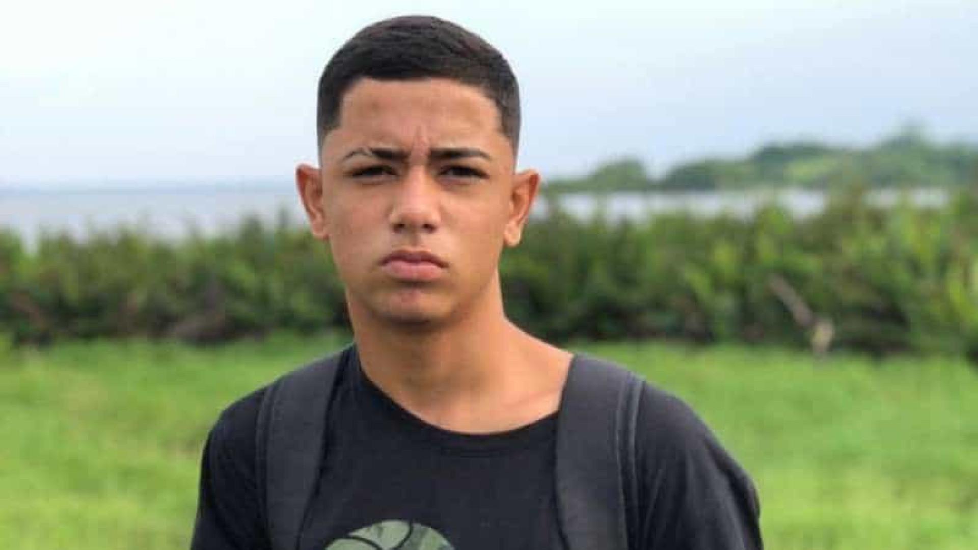 Jogador da base do América é morto durante operação policial no Rio