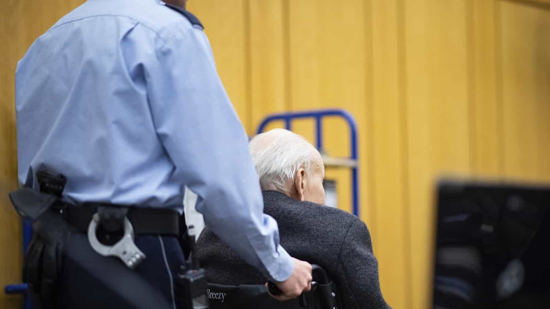 Alemanha vai julgar ex-guarda nazista por 5.230 mortes
