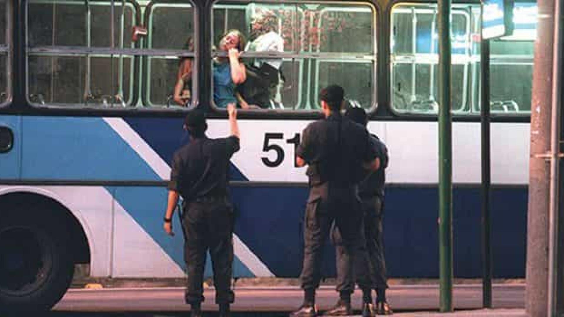 Há 19 anos, Brasil assistia ao terror do sequestro do ônibus 174
