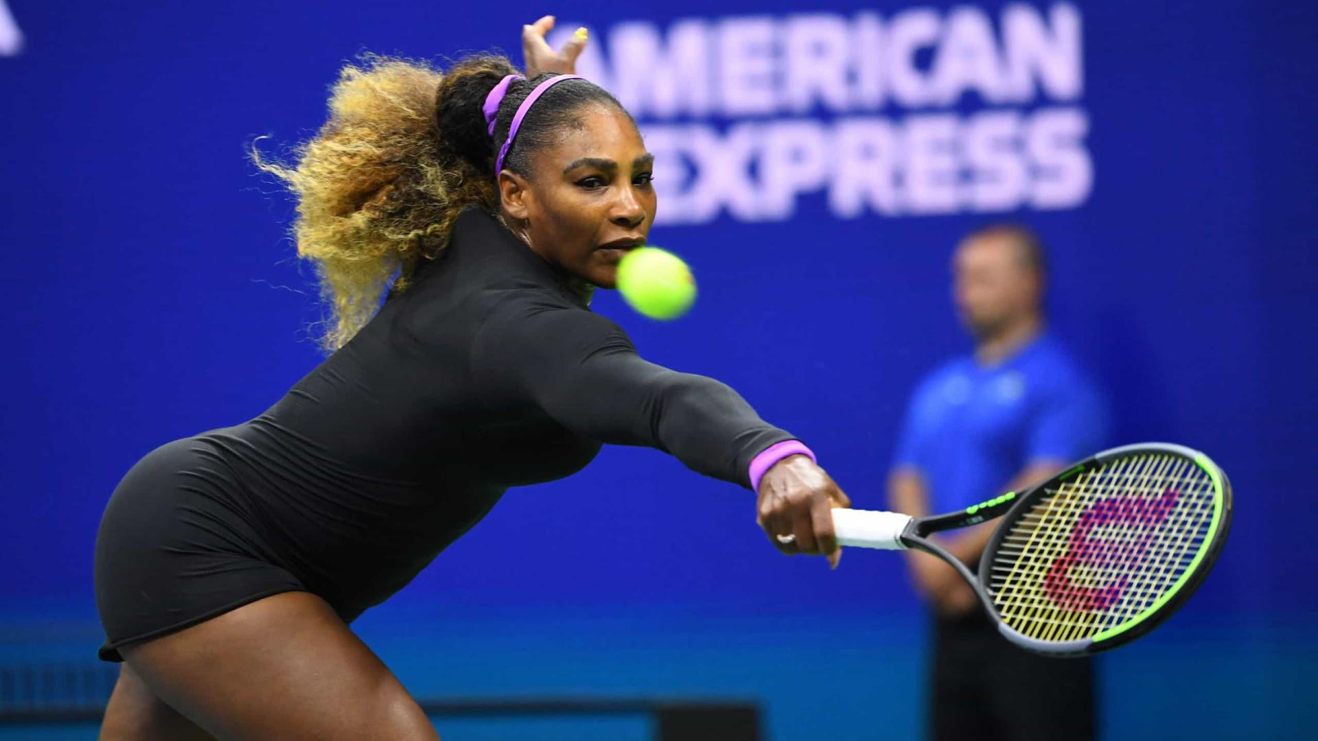 Serena Williams lamenta erros e evita falar do futuro após queda em Melbourne