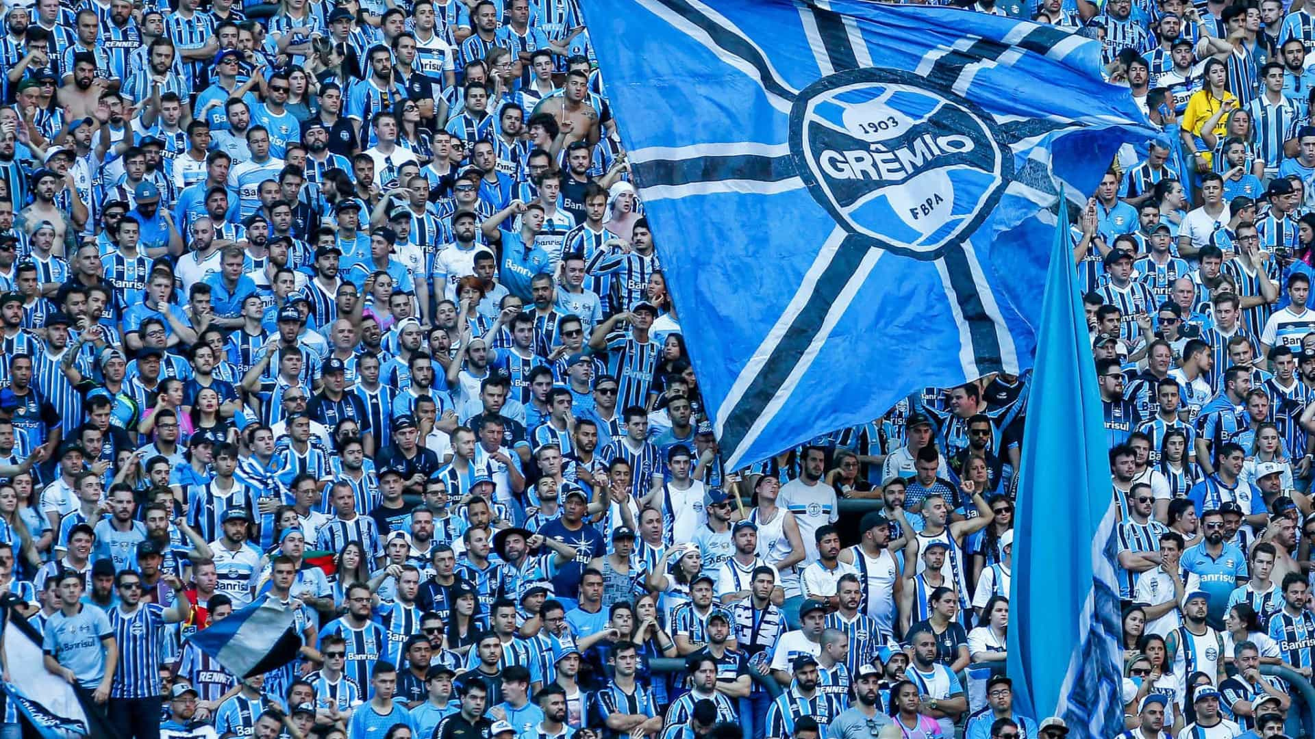 Palmeiras leva virada do Grêmio e é eliminado na Libertadores