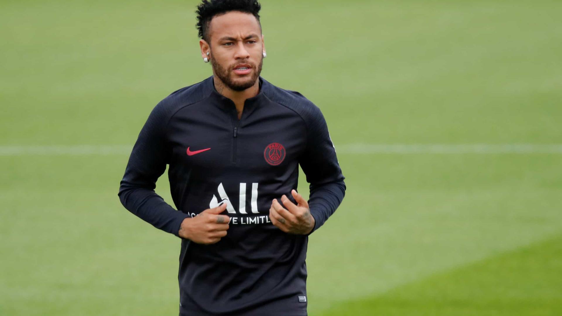Neymar pede menos cobrança sobre Rodrygo e Vinícius Jr. e prevê títulos