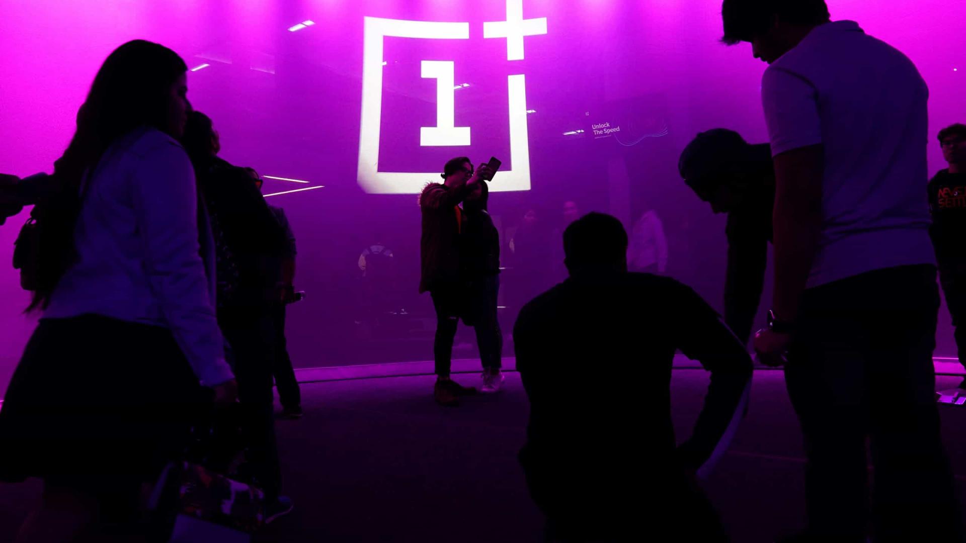 OnePlus confirma que dados de utilizadores foram comprometidos