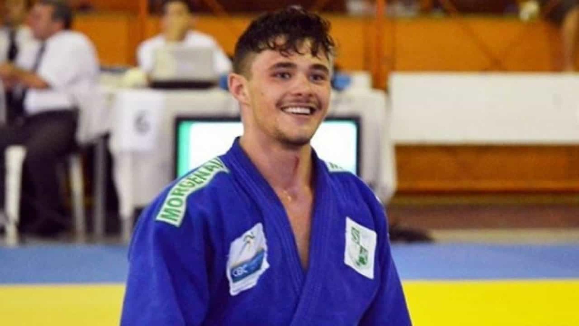 Judoca brasileiro é encontrado morto na piscina de casa em Curitiba