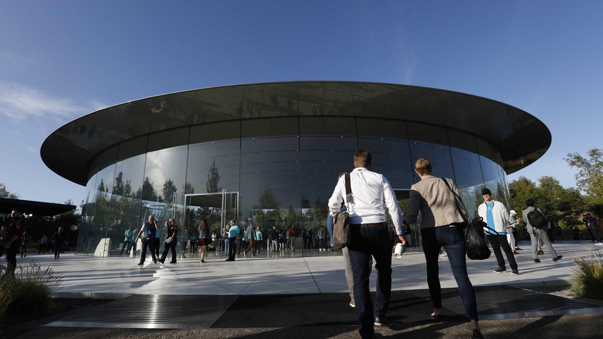 Apple continuará em trabalho remoto até ao início de 2021