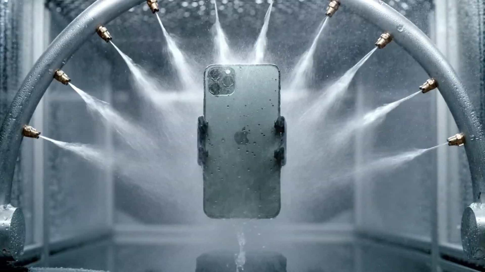 Apple está desenvolvendo iPhone de tela dobrável