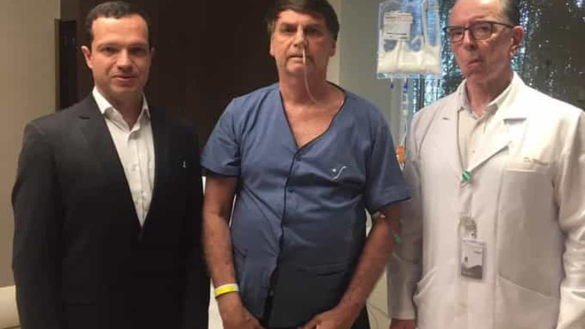 """""""Uma foto, dois mitos"""", diz Bolsonaro"""