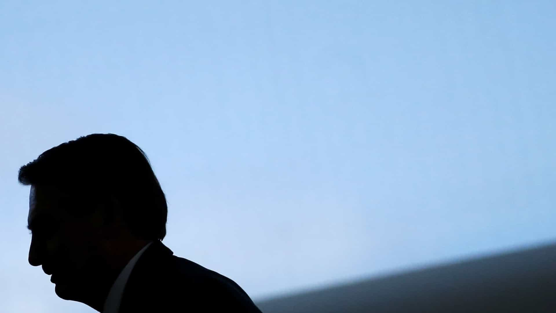 Bolsonaro ficará mais 4 dias afastado por orientação médica