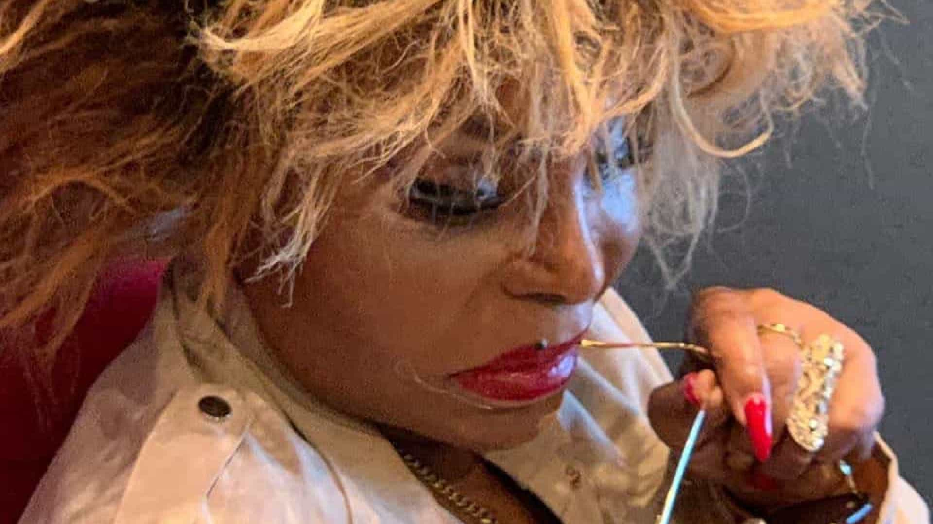 Elza Soares lança hoje seu novo álbum