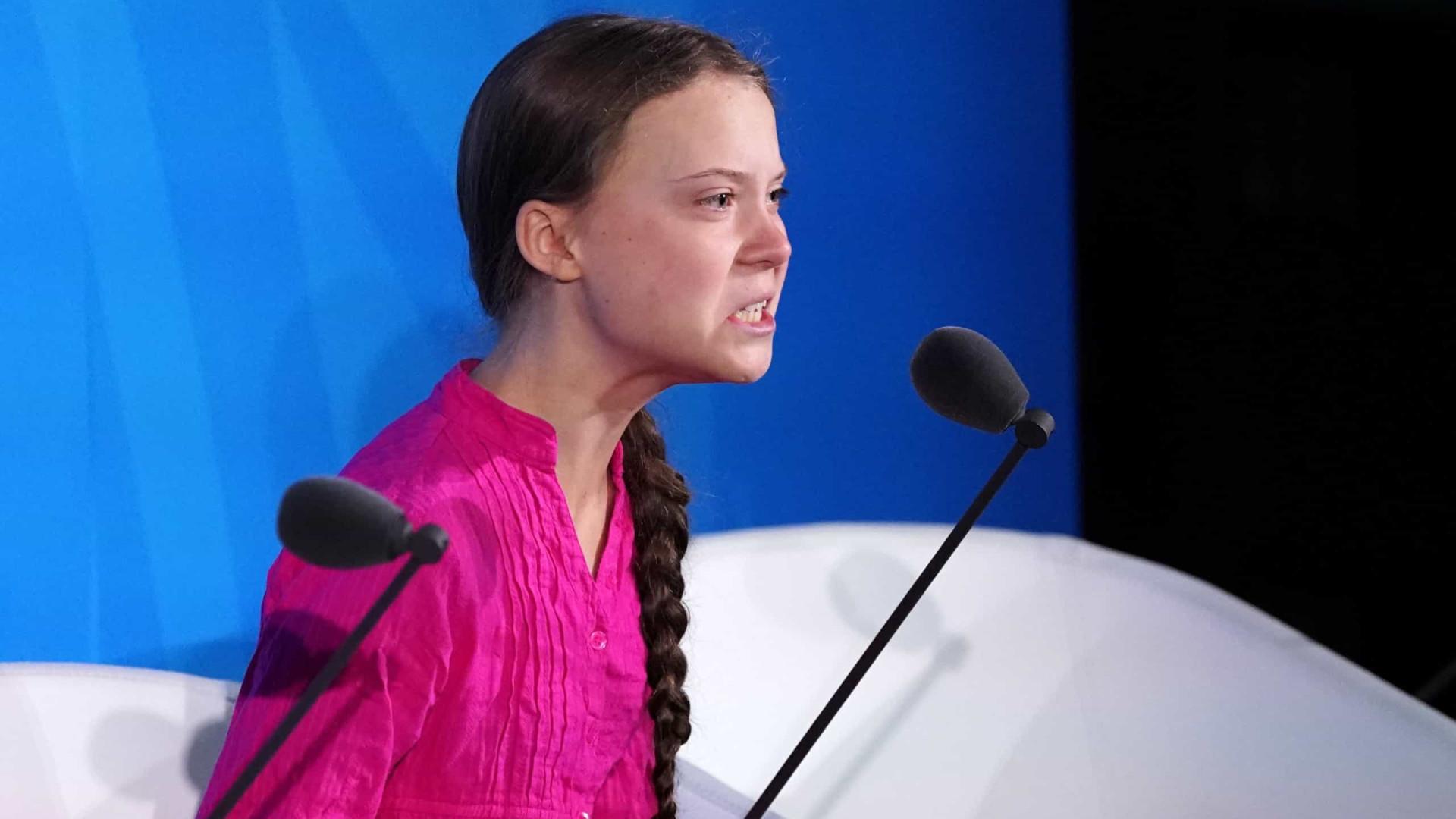"""Greta Thunberg diz que encontro com Trump """"seria perda de tempo"""""""