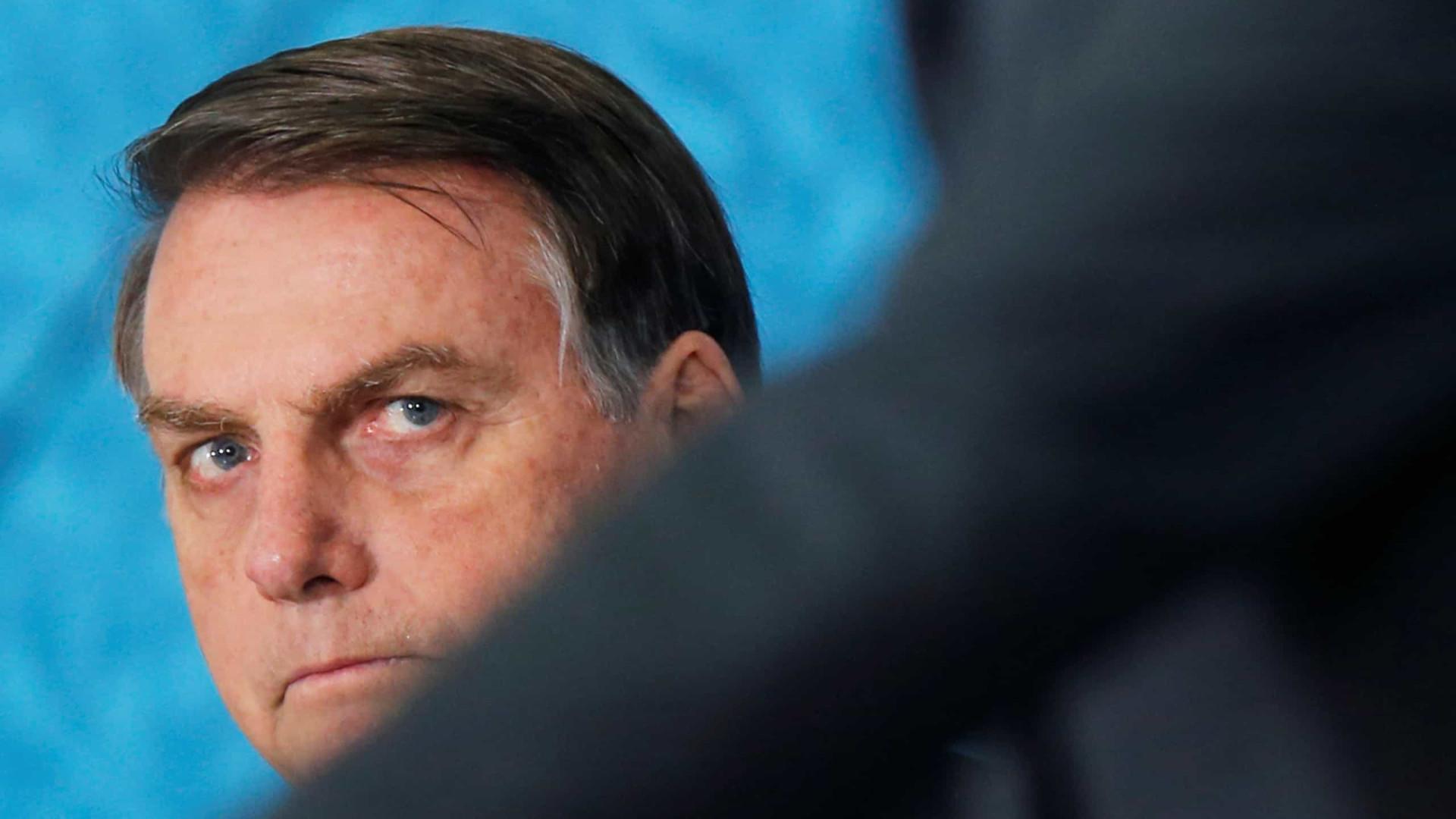 Bolsonaro radicaliza discurso para blindar governo