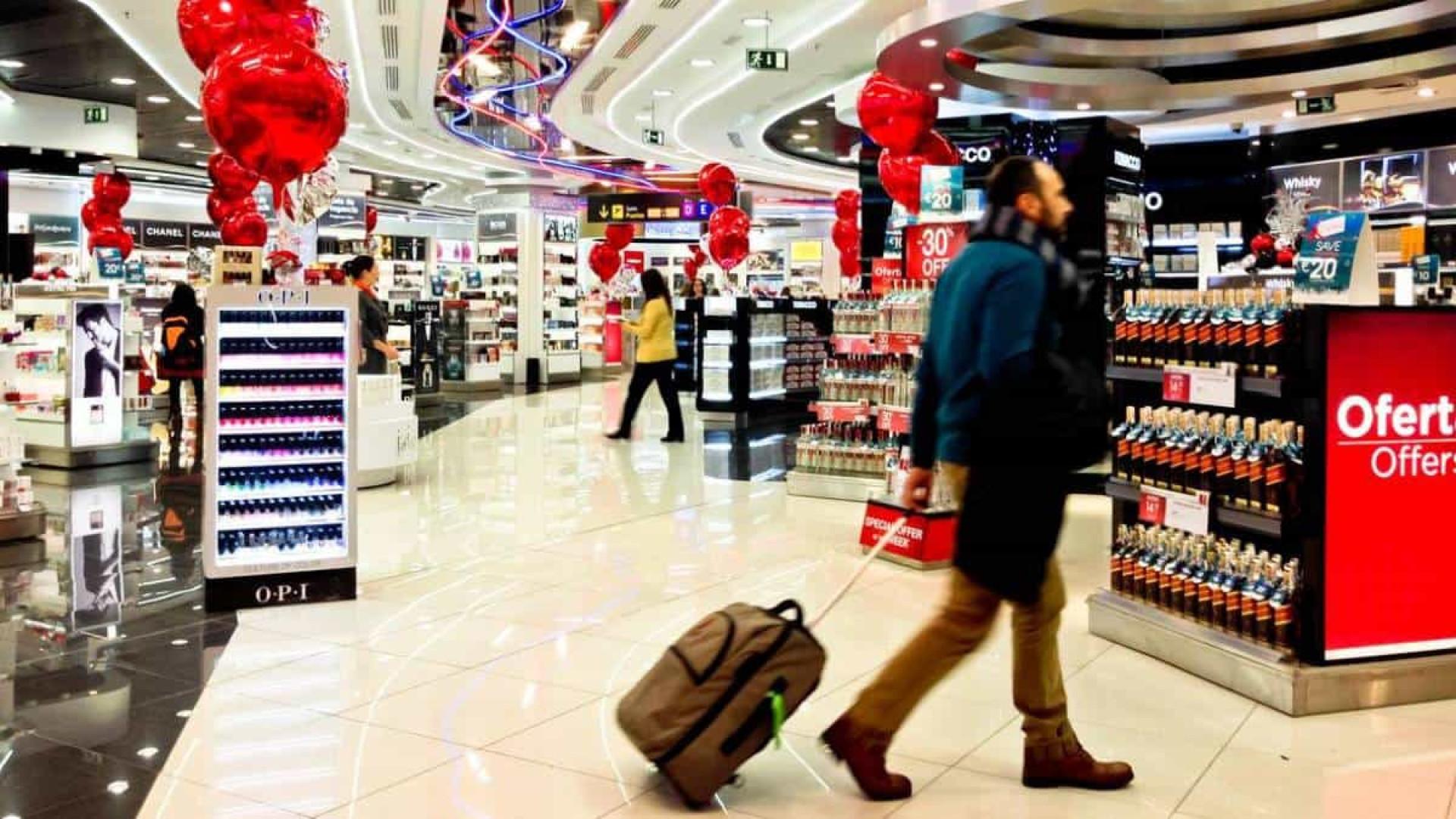 Receita detalha cotas de isenção para viajantes que chegam ao país