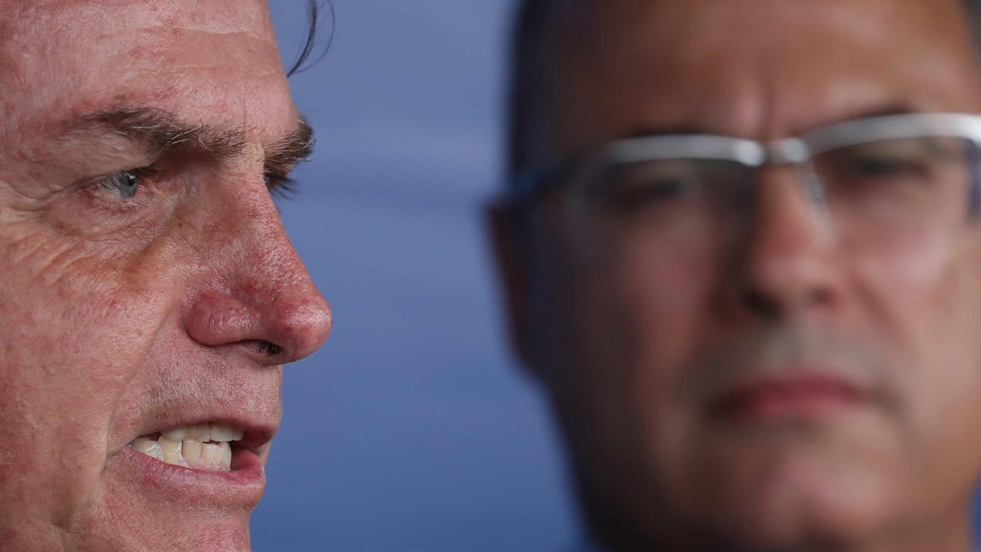 Bolsonaro manda recado a Witzel: 'sem covardia'