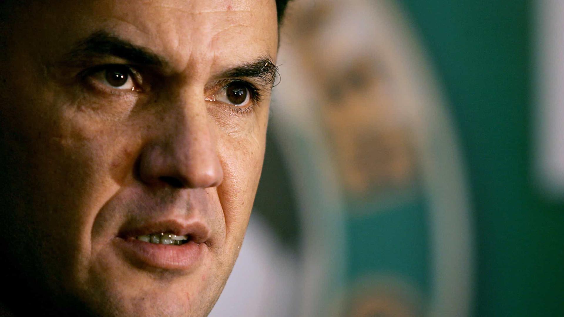 Após racismo e pressão, presidente da federação búlgara renuncia