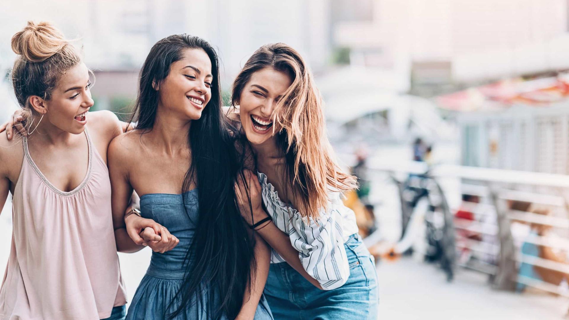 Mulheres preferem melhores amigas aos maridos. Eis os motivos!