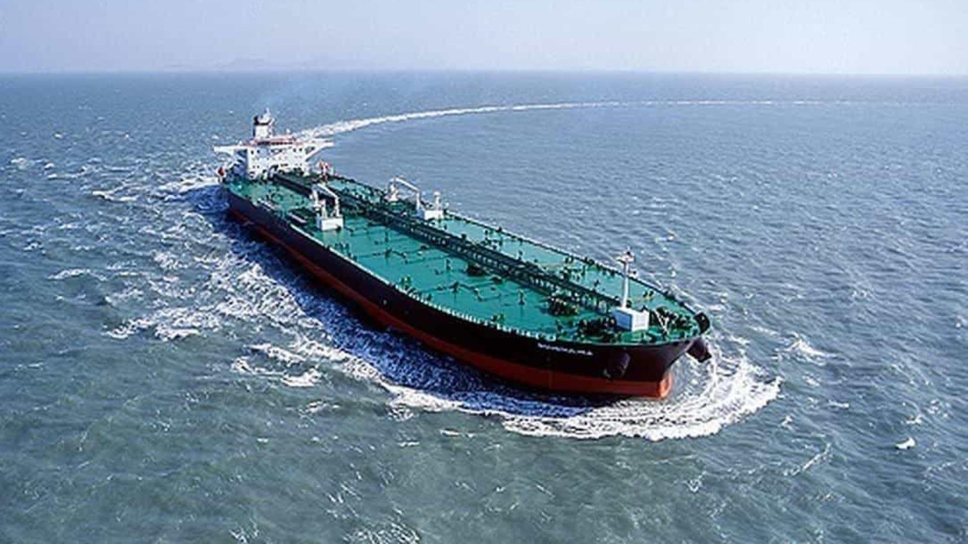 Reparação por vazamento de óleo será de bilhões, diz chefe do Ibama
