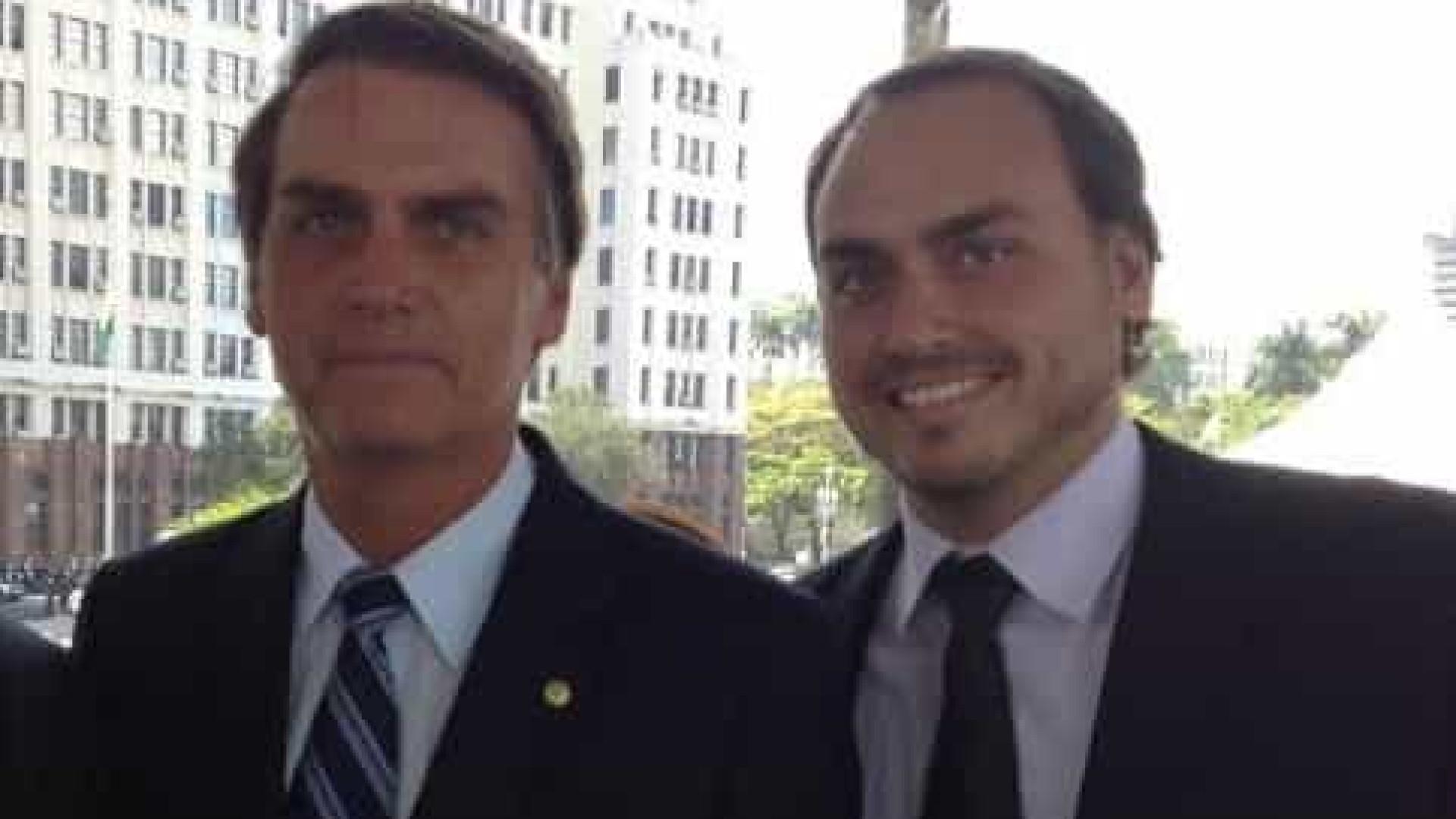 Bolsonaro teme que Carlos seja alvo de inquérito das fake news