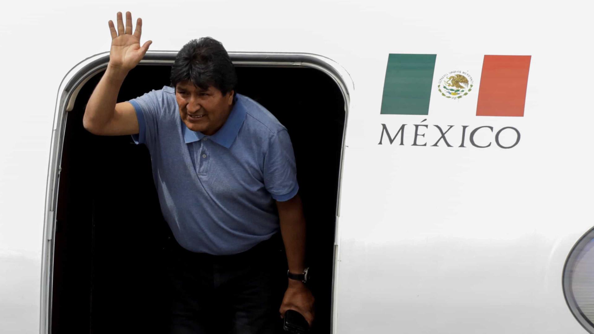 Evo Morales deixa asilo no México e vai para a Argentina