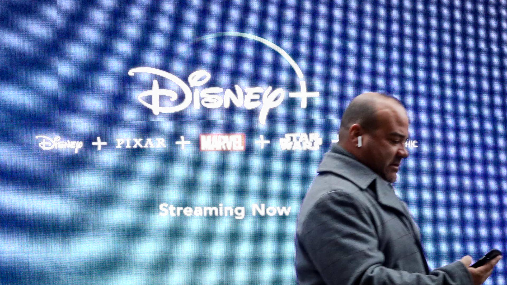 Filmes no Disney+ incluem avisos para cenas racistas