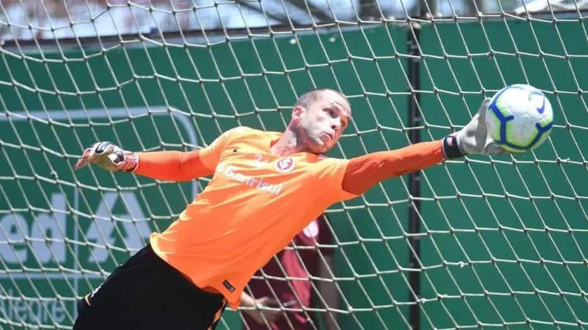 Lomba é denunciado pelo STJD e poderá desfalcar Inter