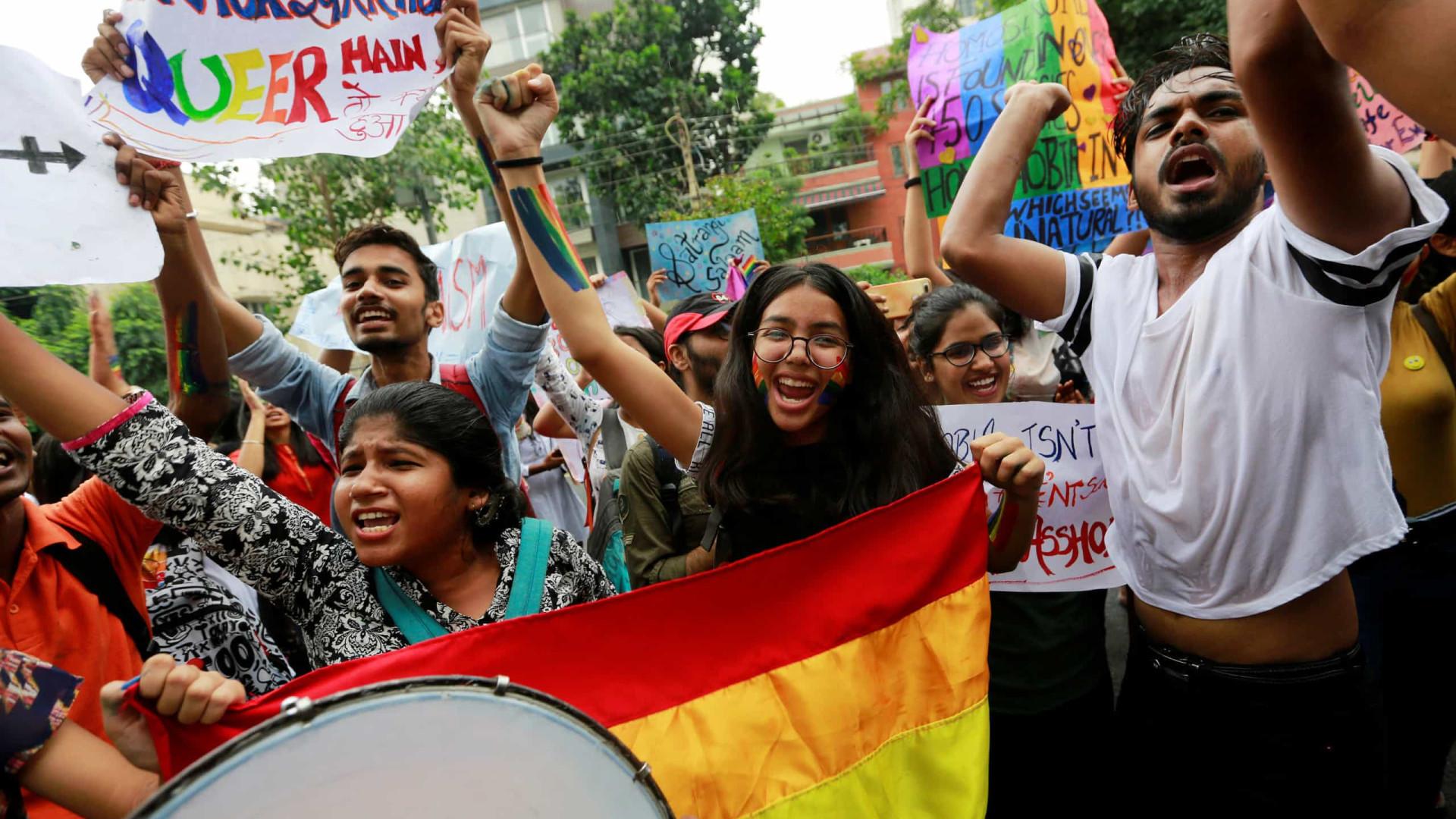 Mais de mil pessoas compareceram em marcha LGBTI na Índia
