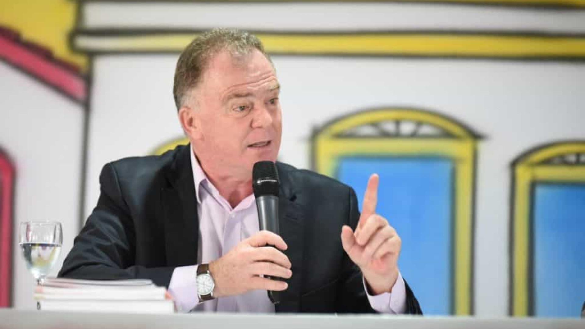 'Se não for protagonista, que esteja junto', diz Casagrande sobre governo federal