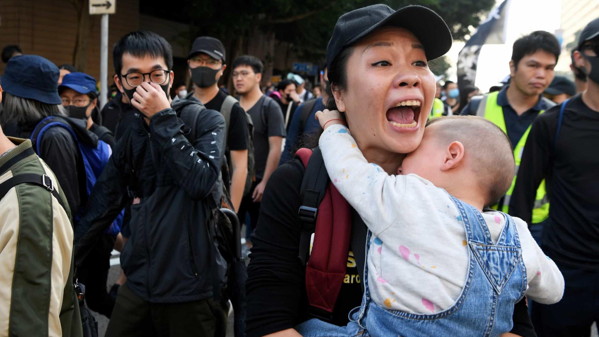 Protestos se intensificam em Hong Kong